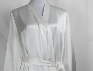 Luxury 100 Mulberry Silk Dressing Gowns In Ivory Silksleep